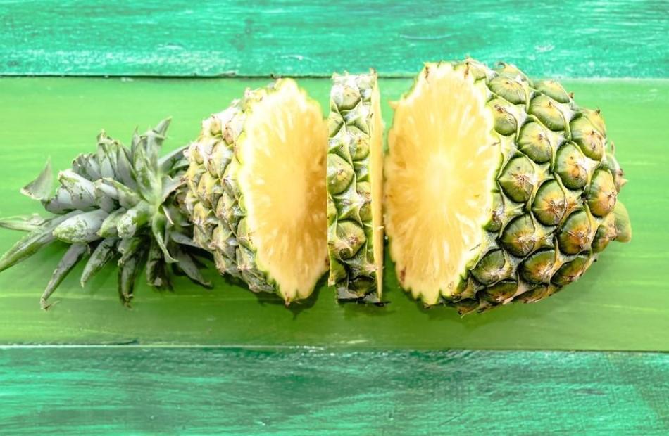 ananas bitkisi