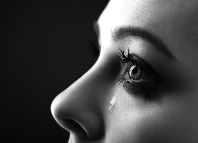 rüyada ağlamak üzülmek