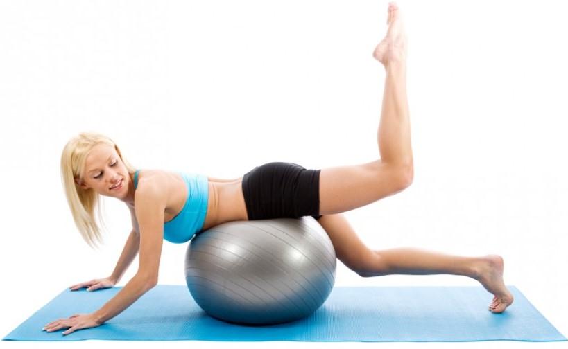 pilates topu hareketi