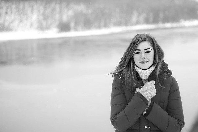 Kış Sezonuna Özel Bayan Mont Modelleri